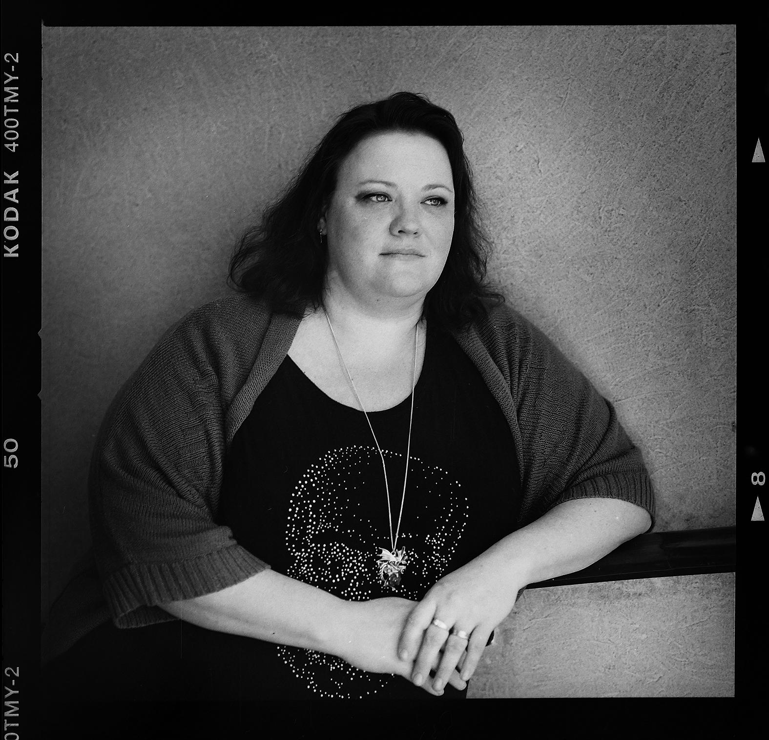 Camilla Rosendrake fotograferad inför hennes 40-årsdag. Foto Mikael Andersson, 2016-04-01, Hasselblad 500cm, 120mm. Exponerad 1/125 f4.