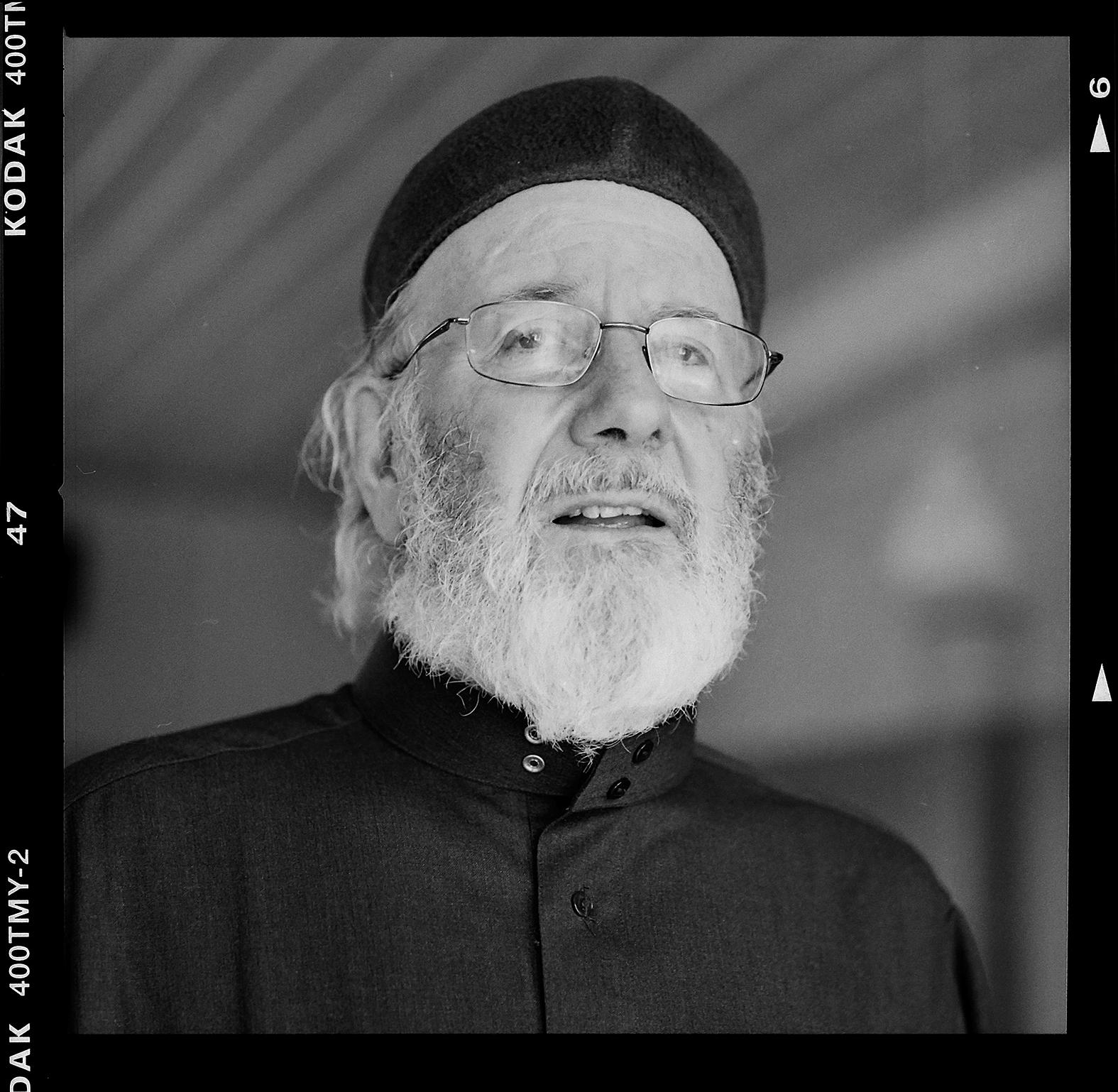 Imamen Abd al Haqq Kielan. Foto: Mikael Andersson, 2016-06-23, Hasselblad 500 CM, 150mm, f4-1/30sek.